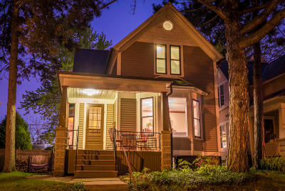 Milwaukee Single Family Home Active Contingent With Offer: 2969 S Wentworth Ave
