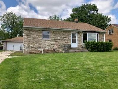 Menomonee Falls Single Family Home Active Contingent With Offer: W160n9005 Madison Ave
