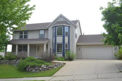 Waukesha Single Family Home Active Contingent With Offer: 2611 Campfire Crossing