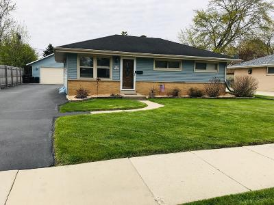 Menomonee Falls Single Family Home Active Contingent With Offer: N89w15201 Jefferson Ave
