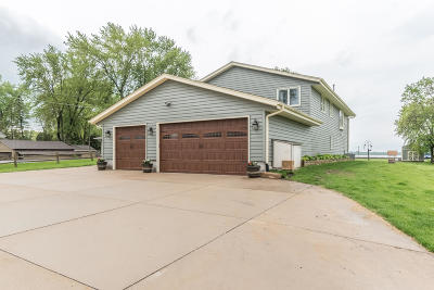 Waterford Single Family Home For Sale: 7710 E Wind Lake Rd