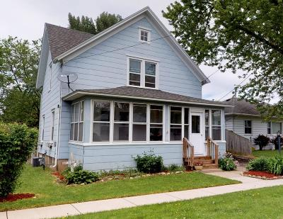 Fort Atkinson Single Family Home For Sale: 423 S Fourth St E