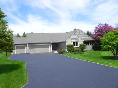 Cedarburg Single Family Home Active Contingent With Offer: 1848 Howard Dr