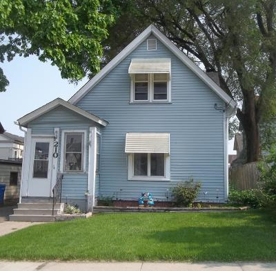 Watertown Single Family Home For Sale: 210 E Milwaukee St