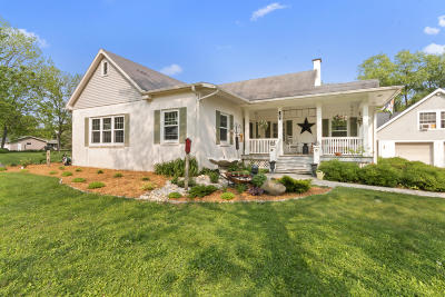 Waterford Single Family Home For Sale: 2429 N River Rd