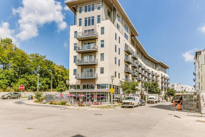 Condo/Townhouse Active Contingent With Offer: 2080 N Commerce St #307