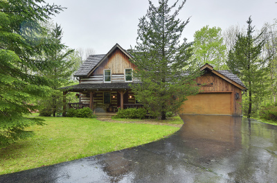 Town Richfield, Village Richfield, Hubertus, Colgate Single Family Home Active Contingent With Offer: 5530 Donegal Rd