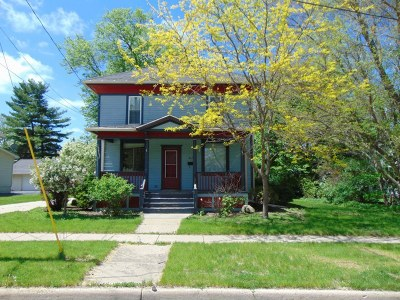 Mukwonago Single Family Home For Sale: 417 Pleasant St