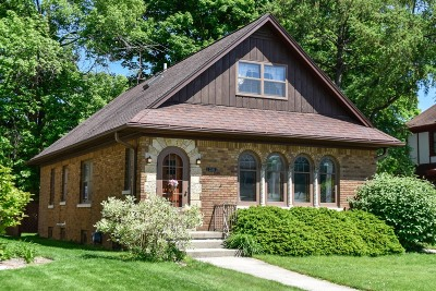 Wauwatosa Single Family Home Active Contingent With Offer: 2536 N 89th St