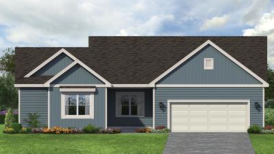 Menomonee Falls Single Family Home For Sale: N61w13733 Weyer Farm Dr
