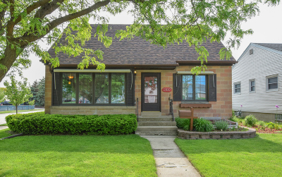 West Allis Single Family Home Active Contingent With Offer: 2100 S 110th St