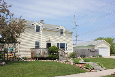 Sheboygan Single Family Home For Sale: 1836 Broadway Ave
