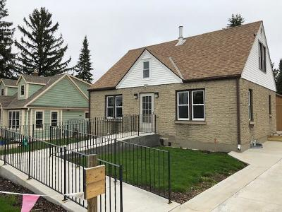 Kewaskum Single Family Home Active Contingent With Offer: 1032 Fond Du Lac Ave
