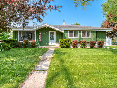 Grafton Single Family Home Active Contingent With Offer: 1671 1st Ave