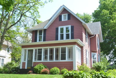 Waukesha Single Family Home Active Contingent With Offer: 549 W College Ave