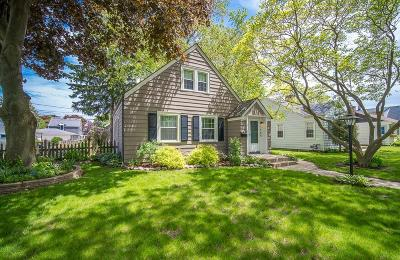 Milwaukee Single Family Home Active Contingent With Offer: 3566 S Pine Ave