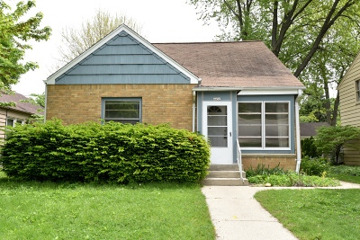 Shorewood Single Family Home For Sale: 4452 N Sheffield Ave