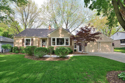 Wauwatosa Single Family Home Active Contingent With Offer: 1747 N 117th St