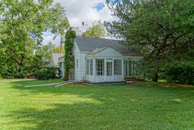 Wauwatosa Single Family Home For Sale: 11640 W Clarke St