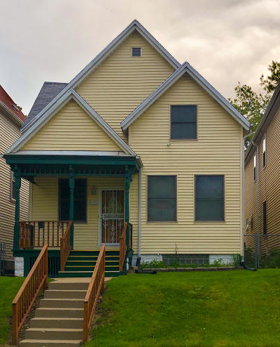 Single Family Home For Sale: 2135 N 34th St