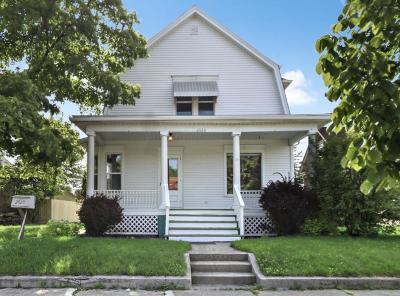 Racine Single Family Home For Sale: 2020 N Main St
