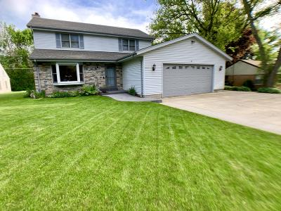 New Berlin Single Family Home Active Contingent With Offer: 12517 W Graham St