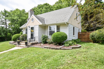 Wauwatosa Single Family Home For Sale: 1423 St Charles #St