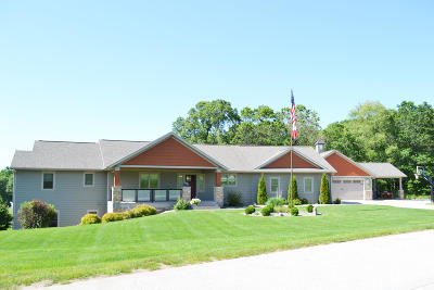Holmen Single Family Home For Sale: N8881 Fawn Meadow Ln
