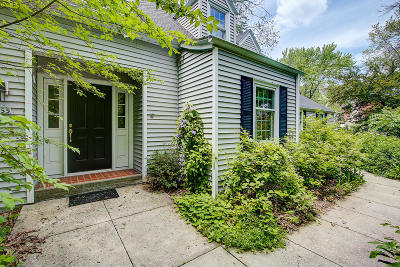 Wauwatosa Single Family Home Active Contingent With Offer: 2555 N 120th St