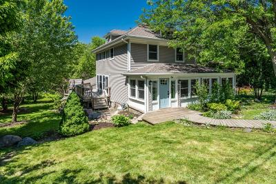 Williams Bay Single Family Home For Sale: 64 Congress St
