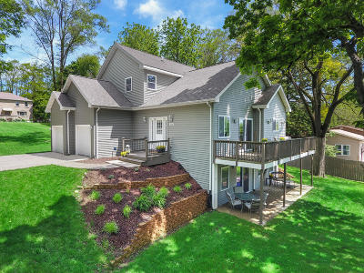 Lake Geneva Single Family Home For Sale: 3370 N Forest Rd