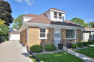 Wauwatosa Single Family Home Active Contingent With Offer: 729 N 113th St