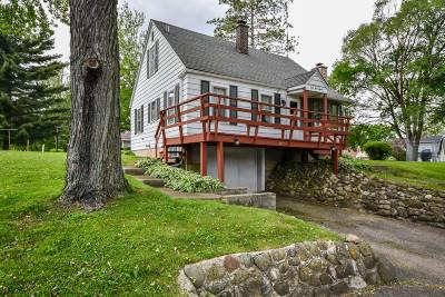 Delavan WI Single Family Home For Sale: $265,900
