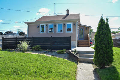 Milwaukee Single Family Home Active Contingent With Offer: 4222 S 3rd St