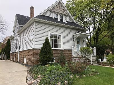 Wauwatosa Single Family Home Active Contingent With Offer: 1102 Glenview Ave