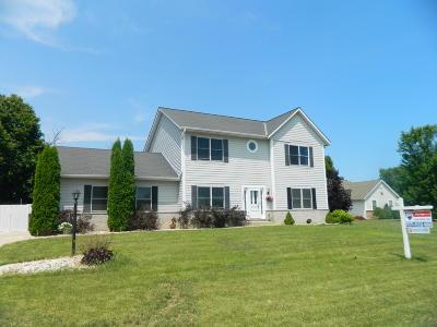 Oak Creek Single Family Home For Sale: 1422 W Mario