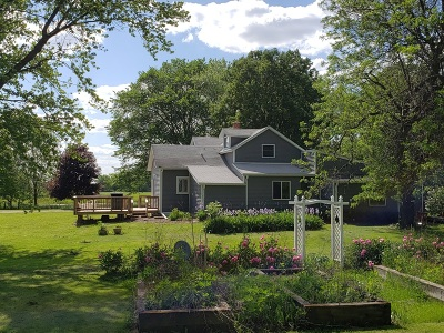 Elkhorn Single Family Home For Sale: W3705 Loveland Rd