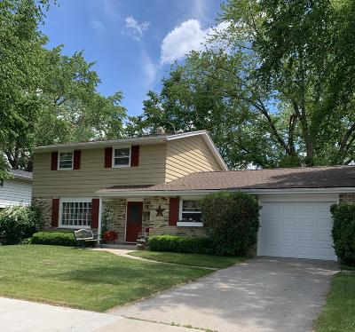 Ozaukee County Single Family Home For Sale: 920 7th Ave