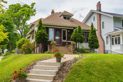 Wauwatosa Single Family Home Active Contingent With Offer: 2247 N 73rd St