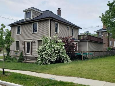 Plymouth Single Family Home For Sale: 804 Reed St