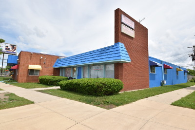 Milwaukee Commercial For Sale: 9700 W Appleton Ave
