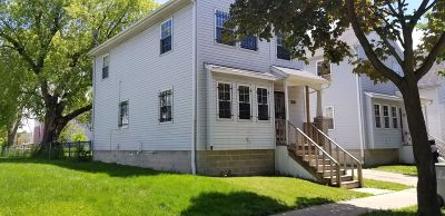 Milwaukee Single Family Home For Sale: 2354 N 15th St