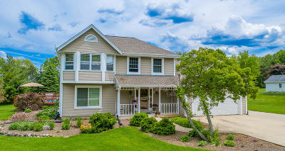 Big Bend Single Family Home Active Contingent With Offer: W235s7620 Vernon Hills Dr