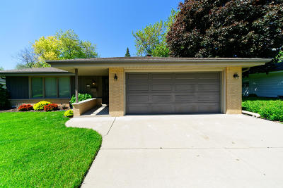 Greendale Single Family Home Active Contingent With Offer: 5126 Russell Dr