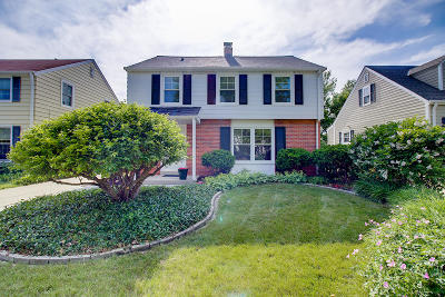 Whitefish Bay Single Family Home Active Contingent With Offer: 4937 N Diversey Blvd
