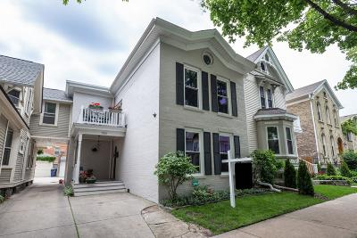 Milwaukee Single Family Home Active Contingent With Offer: 1316 N Astor St