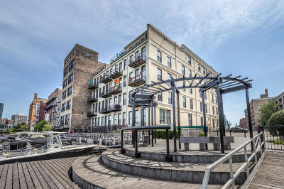 Milwaukee Condo/Townhouse For Sale: 205 N Water St #301
