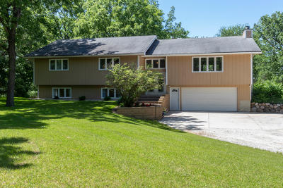 Lake Geneva Single Family Home For Sale: W1666 N Bloomfield Rd