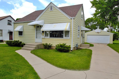 Milwaukee Single Family Home Active Contingent With Offer: 342 W Van Norman Ave