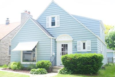 Milwaukee Single Family Home For Sale: 3953 S 2nd St